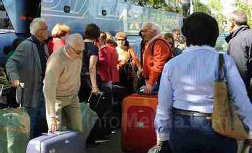 El Gobierno disfraza las cifras para ocultar el recorte del 34% en los viajes del Imserso