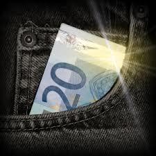 La Caixa concede en Canarias 30,6 millones de euros en créditos ICO para autónomos y empresas