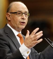 Montoro negociará con las CCAA una nueva meta de déficit en cuanto lo permita Bruselas